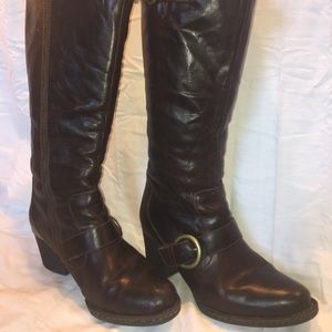 Women's Born Leather Sheepskin Lined Boots